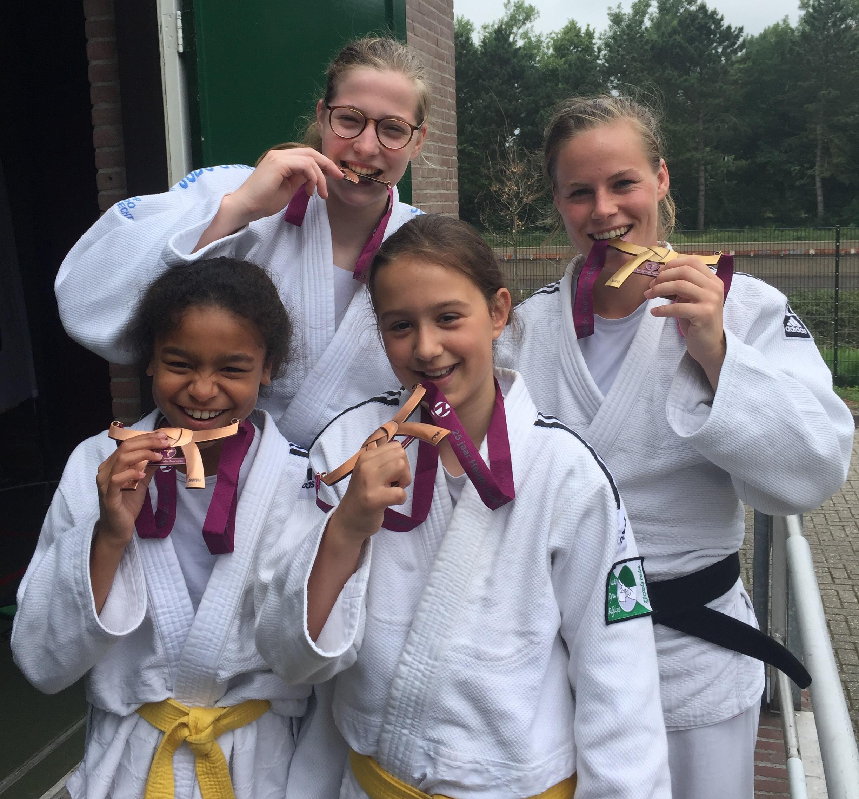Goed judo van de IJsselsteiners op het 25e Heide toernooi in Ede (2 juni 2018)